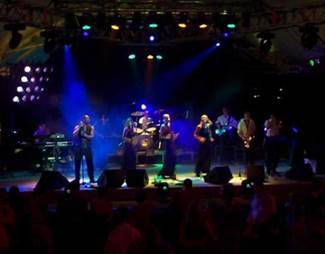 Definitely Soul Band Live Party Musik Auftritt im Theatron Olympiapark M�nchen